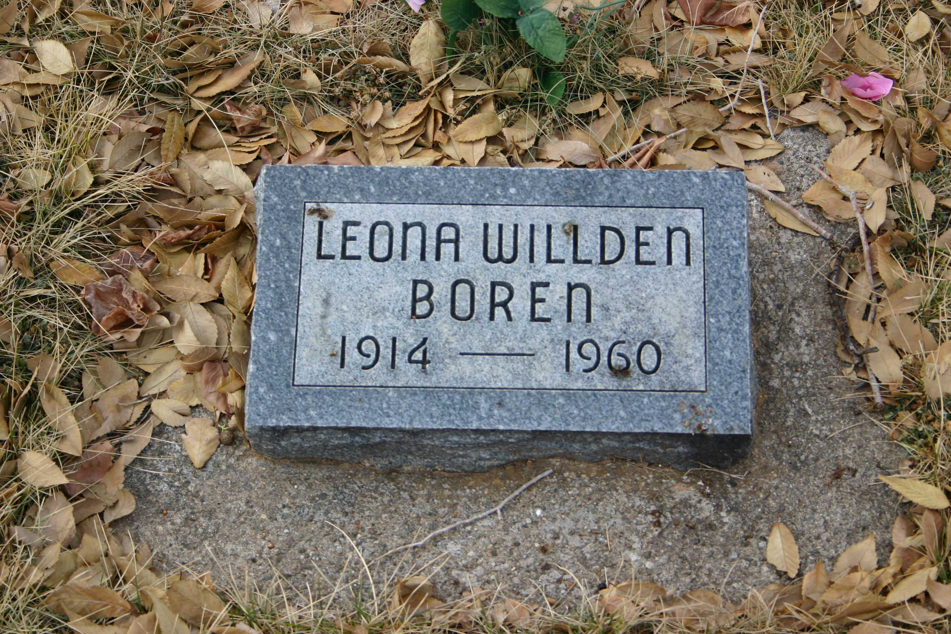 Leona Willden Boren Headstone